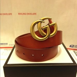 Gucci cuir leather gold double gg buckle belt